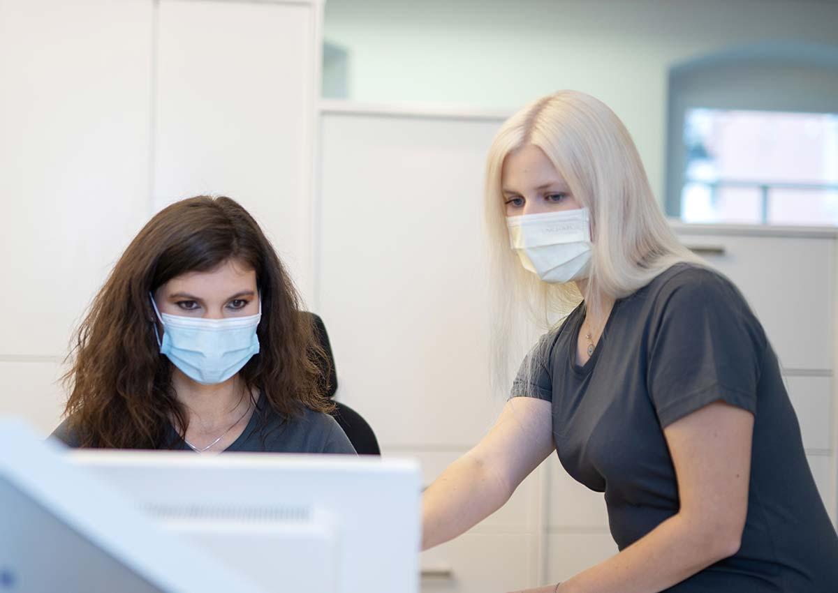 zahnarztpraxis-roesch-teamwork